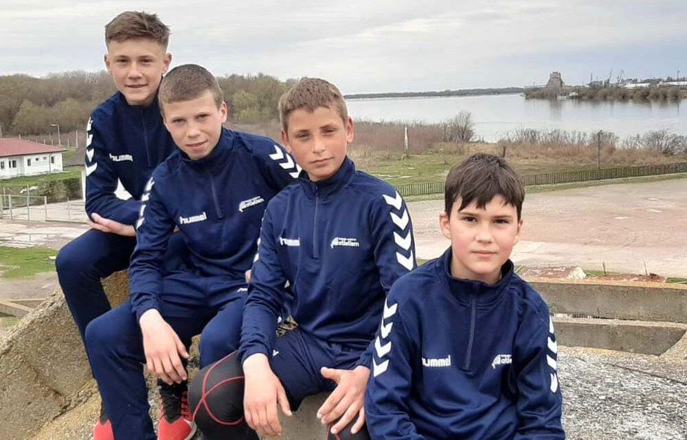 Atleţii de la ACS Delta Chilia Veche, prezenţi la Finala Campionatului Naţional de Cros de la Botoşani