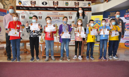 """Opt medalii pentru Tulcea la competiţia internaţională de şah """"Cupa Satori Art Slobozia – ediţia a X-a"""