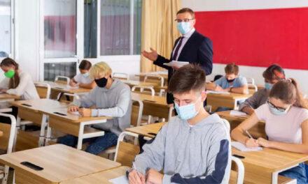 Patru elevi tulceni au luat nota 10 la simularea Evaluării Naţionale