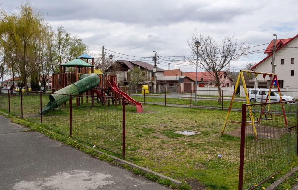 16 locuri de joacă vor fi reabilitate în acest an prin Programul de Investiţii Publice