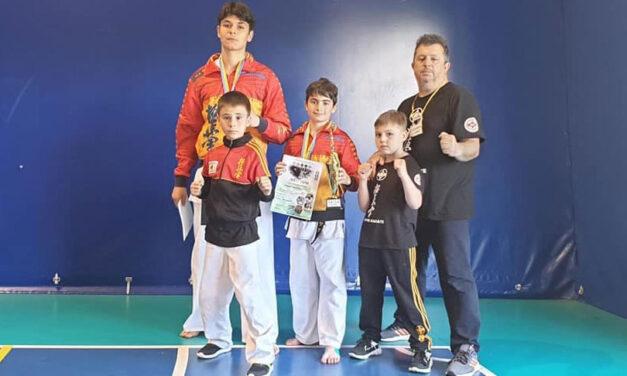 Albert Pănuţă şi Vlad Constantin Uncu, pe podium la Turneul Internaţional de Karate full contact Commonwelth Cup 2021, de la Odesa
