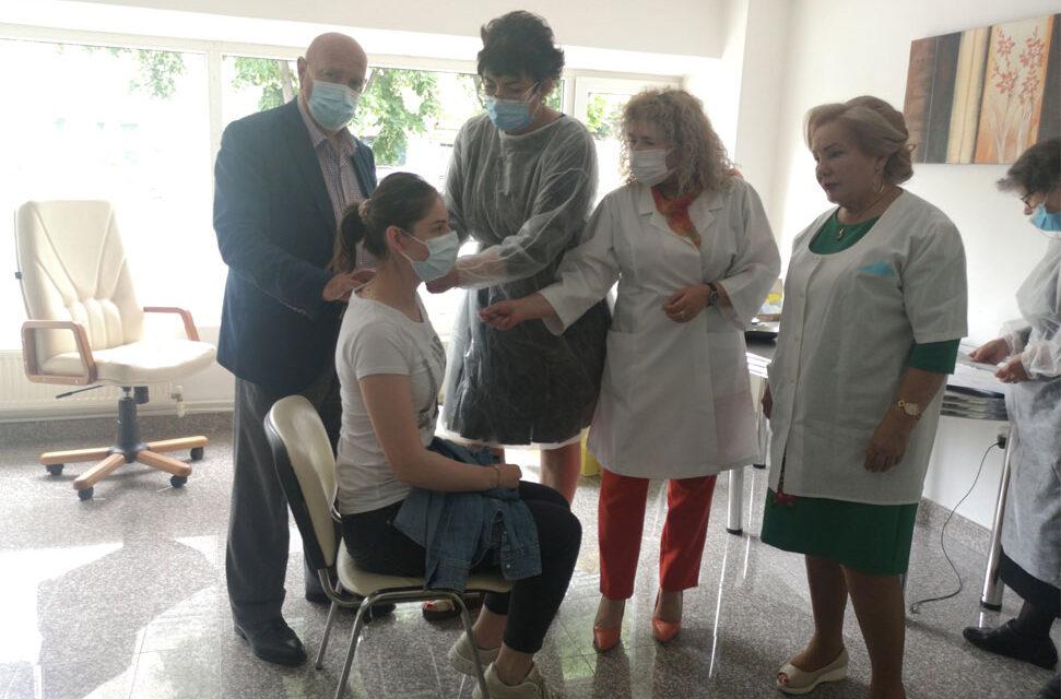 Colegiul Medicilor Tulcea, singurul din ţară în care se vaccinează anti-Covid
