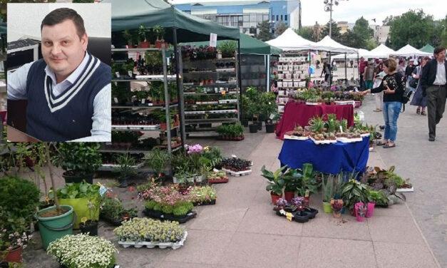 Florile răsar din nou în Piaţa Civică: tulceni, poftiţi la Expoflora!