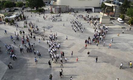 De Ziua Universală a Iei, 250 de tulceni au dansat în Piaţa Civică
