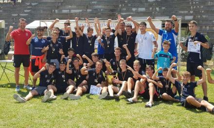"""Fotbaliştii de la Victoria Delta Tulcea, locul I la Turneul """"Junior's Cup"""" 2021"""