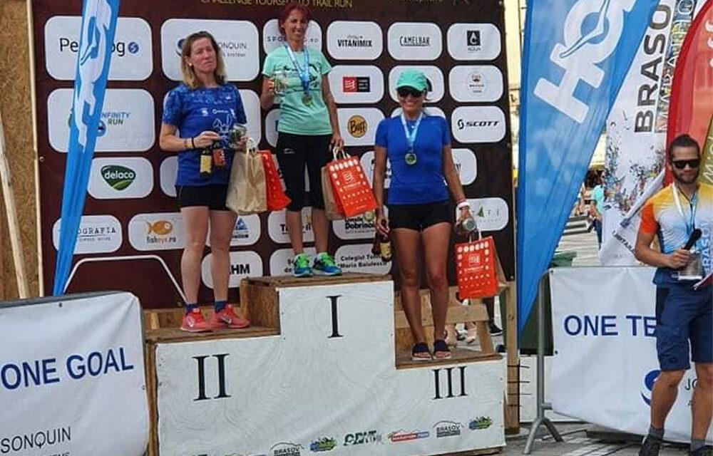 Nicoleta Ciortan, medalie de aur şi argint la proba de semimaraton din cadrul competiţiei Braşov Marathon