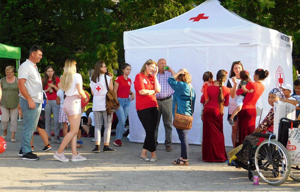 Crucea Roşie Română – filiala Tulcea sărbătoreşte 145 de ani de activitate umanitară în Piaţa Civică