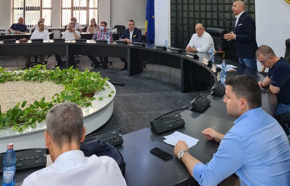 Deputatul Michael Gudu, reconfirmat în funcţia de preşedinte al Municipalei PNL Tulcea