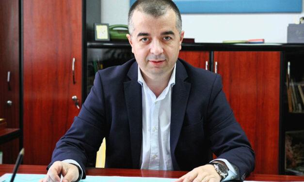 Primarii de municipii vor un proiect de lege care să faciliteze unificarea unei comune cu municipiul reşedinţă de judeţ