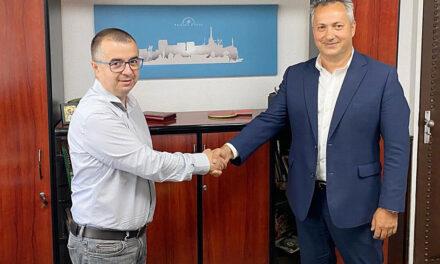 """Primarul Ştefan Ilie: """"Modernizarea sistemului de iluminat public începe în luna septembrie pe trei străzi din municipiu"""""""