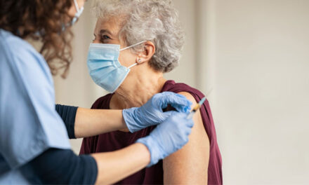 Se închid mai multe fluxuri de vaccinare din municipiu şi judeţ