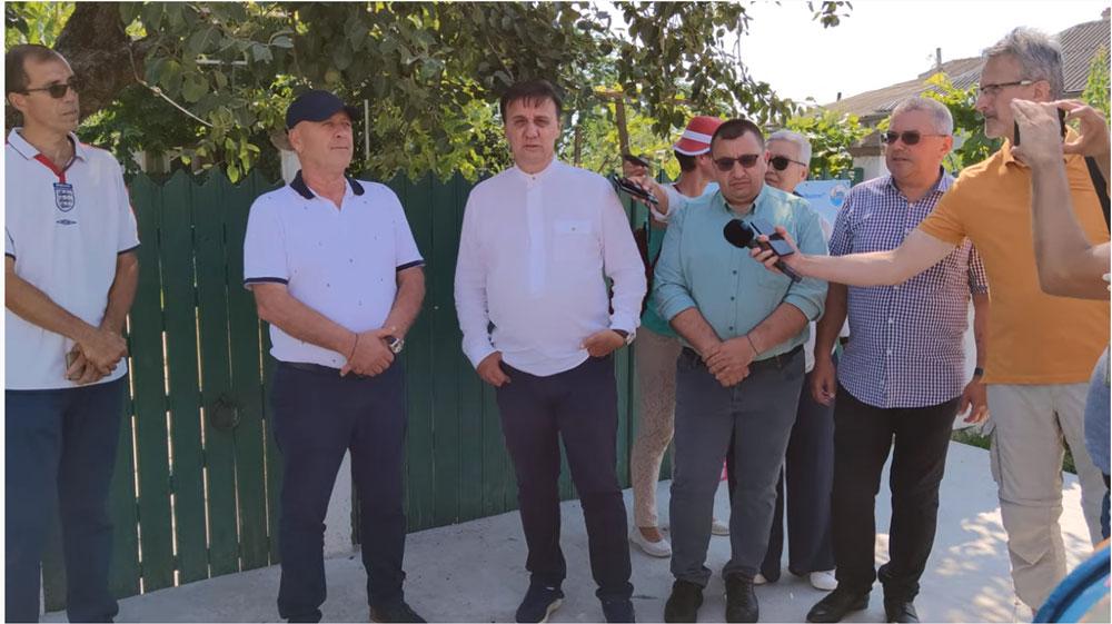 """""""Turul satelor albastre ale Deltei"""": albastrul lipovenesc, promovat la Sarichioi şi Jurilovca"""