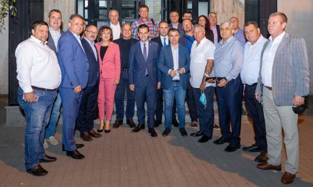 Orban, la Tulcea: Refacerea coaliţiei de guvernare, singura soluţie care poate garanta creşterea veniturilor românilor şi unitatea PNL