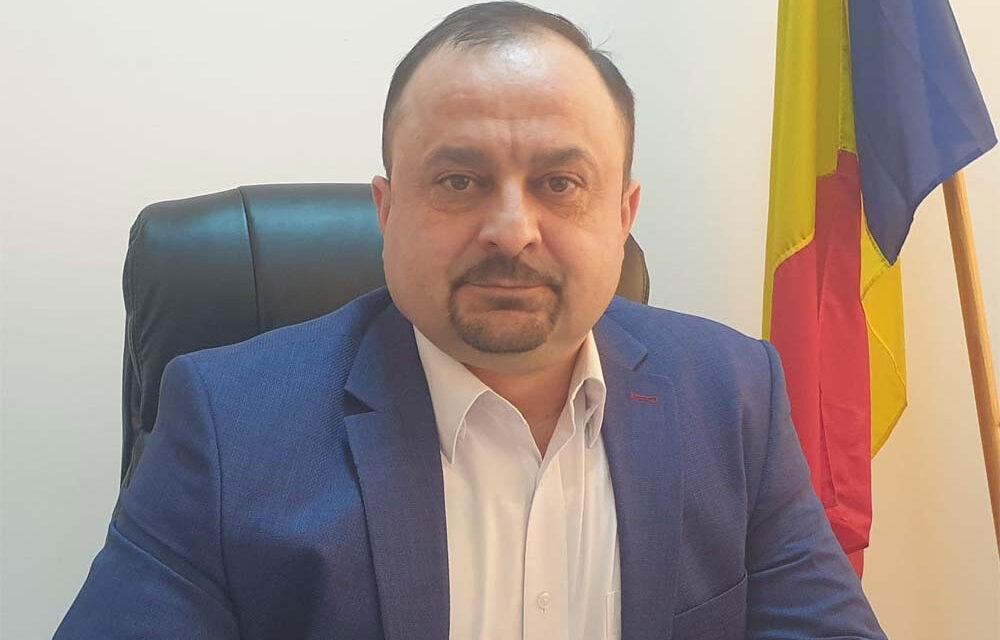 """Prefectul Nicolae Topoleanu: """"Toate şcolile au materiale de protecţie"""""""