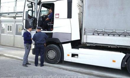 Doi afgani ascunşi sub un camion, prinşi la Isaccea